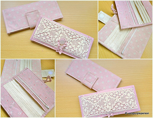 What a cute tutorial for a lace wallet from VeryPurplePerson!