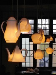daughertyclaire:  Tea Pot Lights. I guess there are A LOT of different ways to light up your life. This is very soothing!