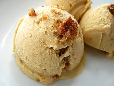 mmm-dessert:  Cinnamon Toast Ice Cream