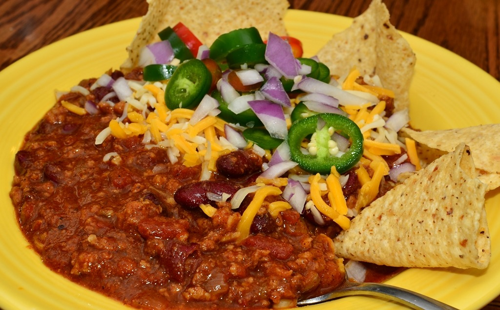Mmm… chili!  Nothing wrong with some color.