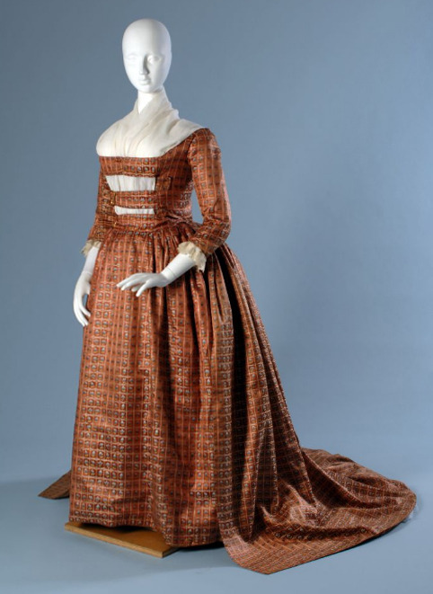 Robe a l'anglaise ca. 1780-89 From The Museum at FIT