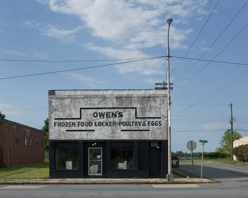 mpdrolet:  Owen's Frozen Food Locker, Pine Bluff, Alaska, 2010 John Humble