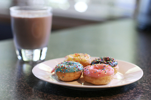 diet-killers:  #271/365 - Chocolate Milk and Mini Donuts (by Jaime Carter)