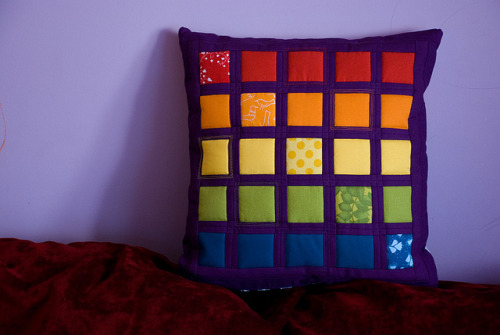 motleycrafter:  Front of a pillow by jednoiglec on Flickr.