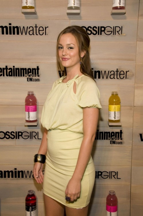 lildrop:  2008 - Premiere of Gossip Girl End-of-Summer Hamptons Bash