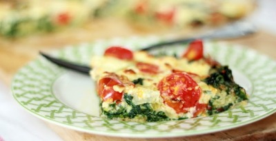 gastrogirl:  breakfast frittata with spinach and tomatoes.
