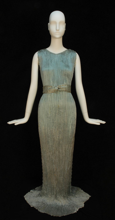 """Delphos"" evening dress by Fortuny, 1930's Click for a giant image"