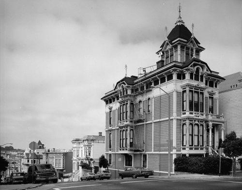 The Westerfeld House in 1981, San Francisco, via archimaps
