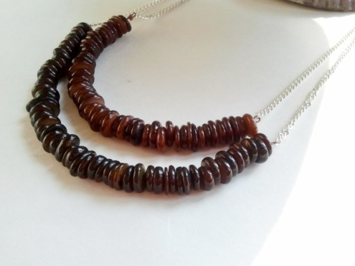 nubiajewelry:  The Noma necklace, $15 http://www.etsy.com/listing/82737458/the-noma-necklace?ref=pr_shop