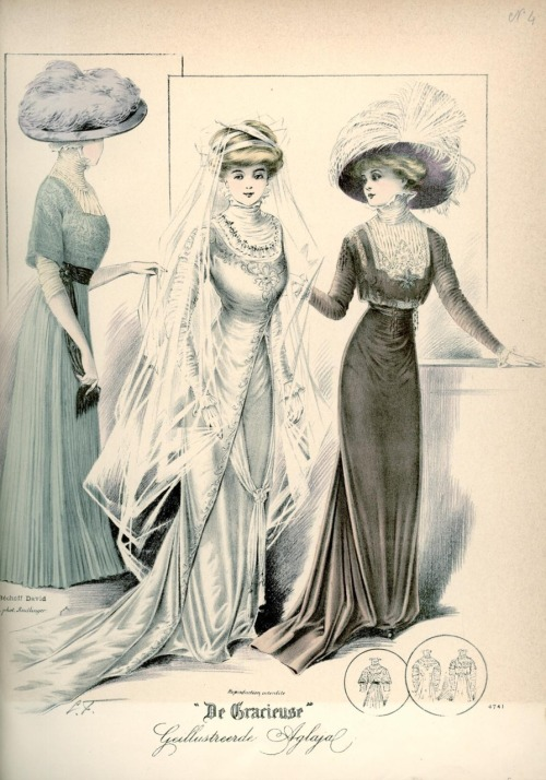Dresses, 1909 the Netherlands, De Gracieuse