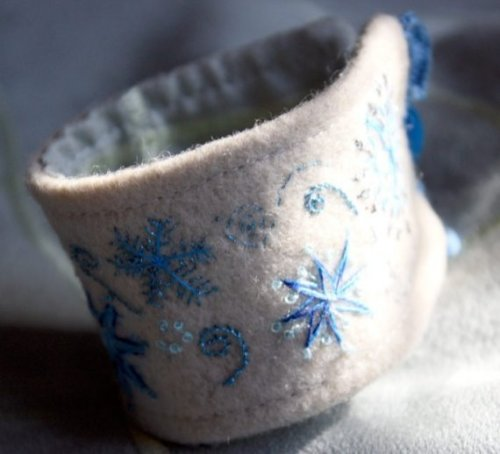 (via Hand Embroidered Winter Snowflake Wool Cuff Bracelet by Waterrose)