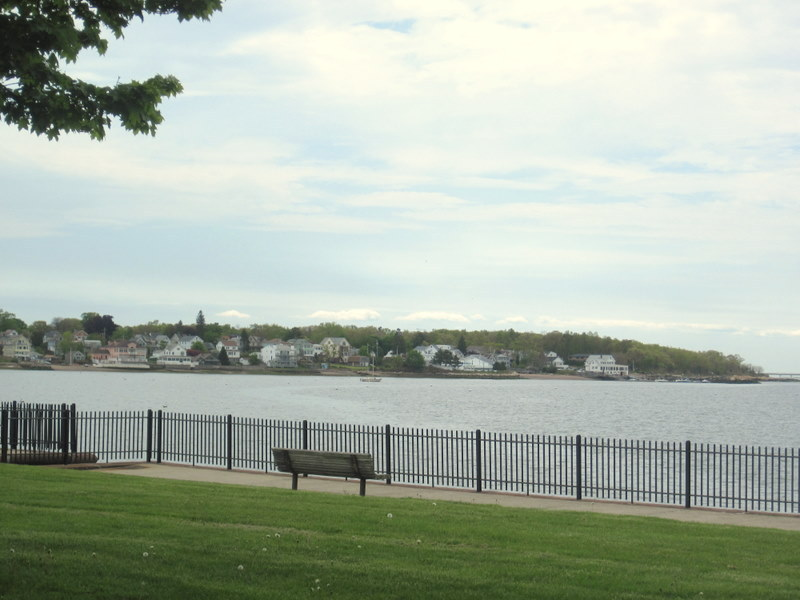 Near Lighthouse Point in New Haven, CT  (©) keeperofthetardis