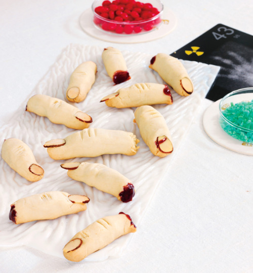 truebluemeandyou:  DIY Severed Finger Cookie Recipe. A little more work goes into this (but not much) and I think the rasberry jam gives the severed fingers some realism. Recipe at Every Day with Rachael Ray here.