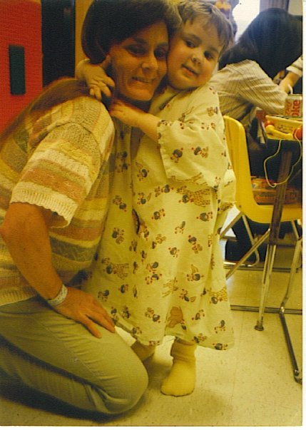 "Picture This - 'Just Me Hugging My Mom After She Gave Me A Kidney' (WIDK)  (WIDK) — ""This was in 1996, and I was 4. I am 19 now, and the kidney still works!"" Source: Reddit Original Article"