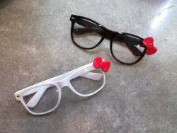 Hello Kitty Nerd Glasses Colors available: Black, White $14+ shipping