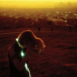 neon indian / era extraña (2011) pegadísimo a esto hace semanas. 01. heart: attack 02. polish girl 03. the blindside kiss 04. hex girlfriend 05. heart: decay 06. fallout 07. era extraña 08. halogen (i could be a shadow) 09. future sick 10. suns irrupt 11. heart: release 12. arcade blues