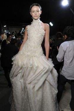 Backstage @ Alexander McQueen Fall/Winter 2011