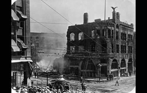 This Day in Newspaper History: Los Angeles Times is Bombed The October 1, 1910 early morning attack killed 20 and injured 100. Via the LA Times Framework blog:  The attack didn't stop the Oct. 1, 1910, issue of The Times; it was printed at the Los Angeles Herald. The city of Los Angeles hired private detective William J. Burns to catch the bombers. His work led to the arrest of two brothers, John J. and James B. McNamara — members of the International Assn. of Bridge and Structural Iron Workers union. Clarence Darrow defended the McNamaras only to lose the case when the brothers changed their pleas in open court to guilty. After the trial, Darrow was twice tried on charges of jury tampering. The first trial ended in acquittal, the second in a hung jury.  Click through for more images.