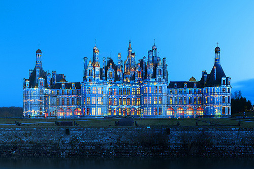 -cityoflove:  Castle of Chambord, France via Vincent Montibus