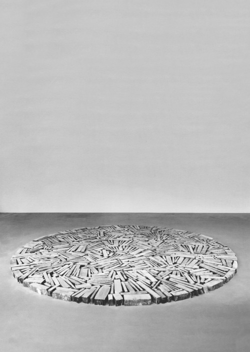 Richard Long Autumn to Winter Circle  2010 Wood