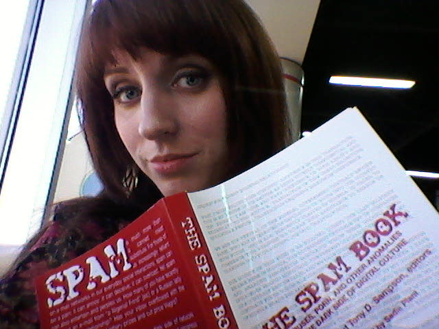 GPOY - layover study session on my way to Chicago edition. That's right, I'm going to CHICAGO!! Fabulous friend, food and Chromeo await me, But for now I'm waiting, tweeting, texting… And I need to read this damn book.