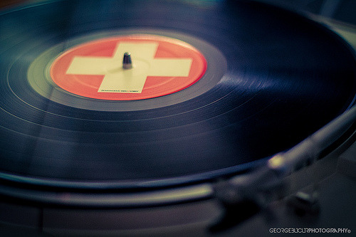 blanketjackson:  everything sounds better on vinyl…