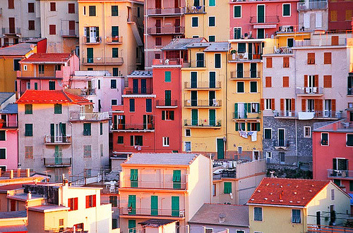 travelingcolors:  evysinspirations: Manarola Colors (Cinque Terre) | Italy (by JLMphoto)