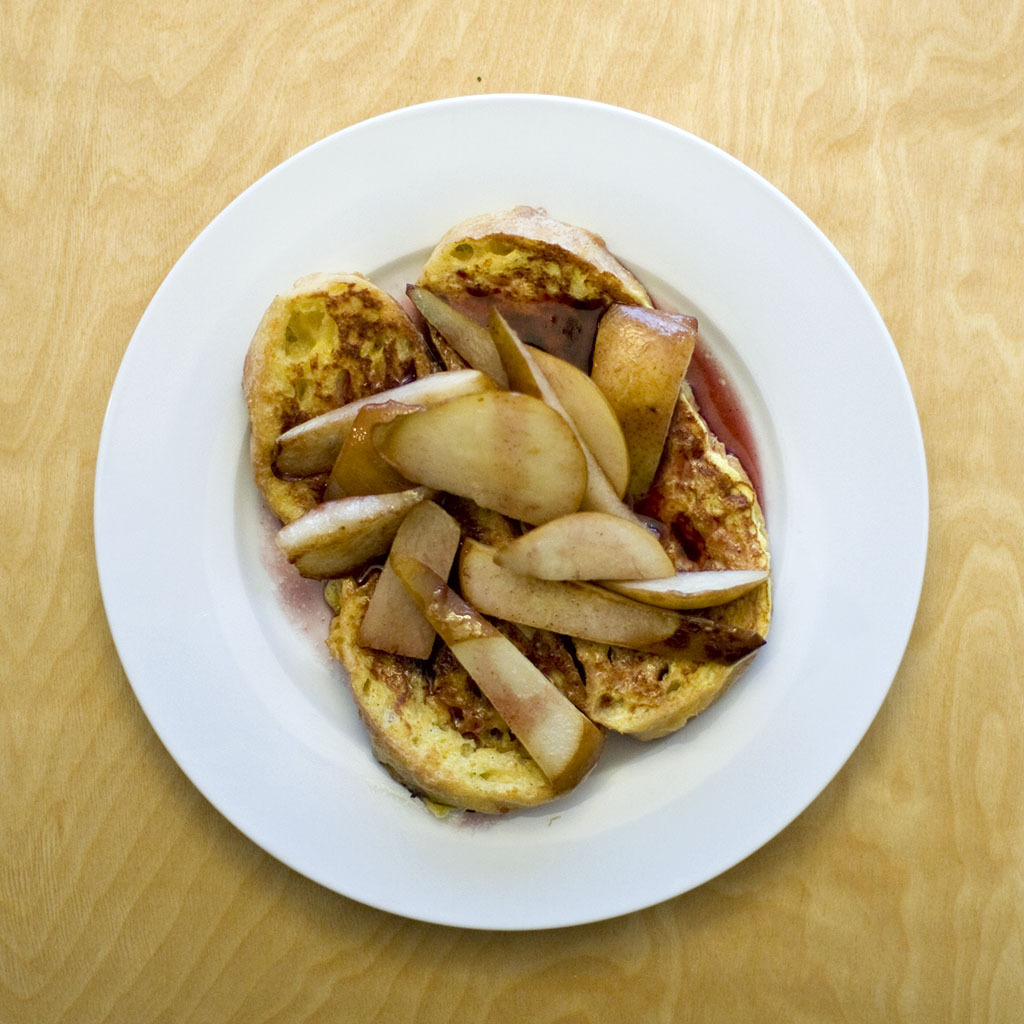 French Toast With Pears and Pomegranate Sauce This time of year, pears are a great way to get your serving of fruit for the day. Try this recipe for a sweet treat on a chilly morning. The pomegranate sauce adds a new twist to a classic breakfast dish. French Toast Recipe