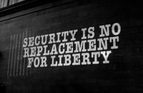"#StreetArt - ""SECURITY IS NO REPLACEMENT FOR LIBERTY"""
