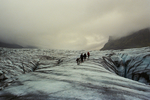 brotherimfaraway:  (by vamitos)