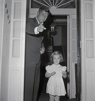 pineconepals:  Nov. 24, 1960.  JFK and Caroline outside their front door.   Day before JFK Jr. arrived.