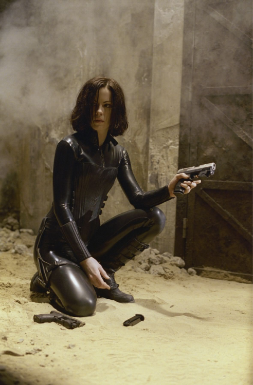 Cannot WAIT for Underworld:Awakening. Love the movies, love the story, and yes, I love Kate Beckinsale in that suit. :)