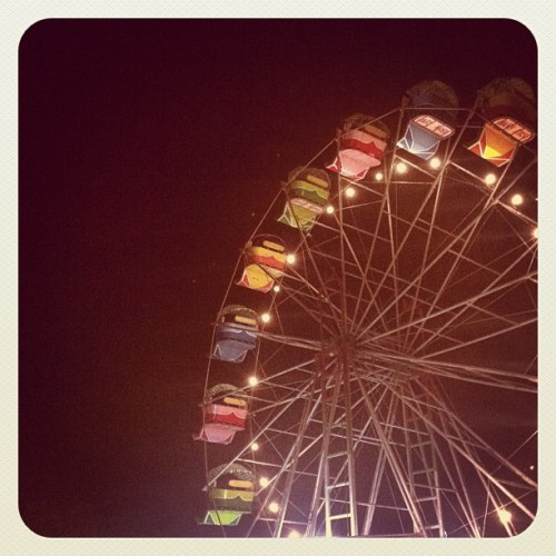 October love. #carnival #Ferriswheel #Ferris #wheel #fair (Taken with instagram)
