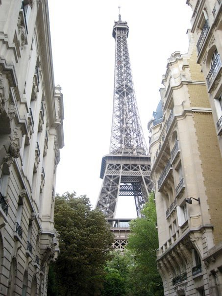 le-che:  Paris is gorgeous