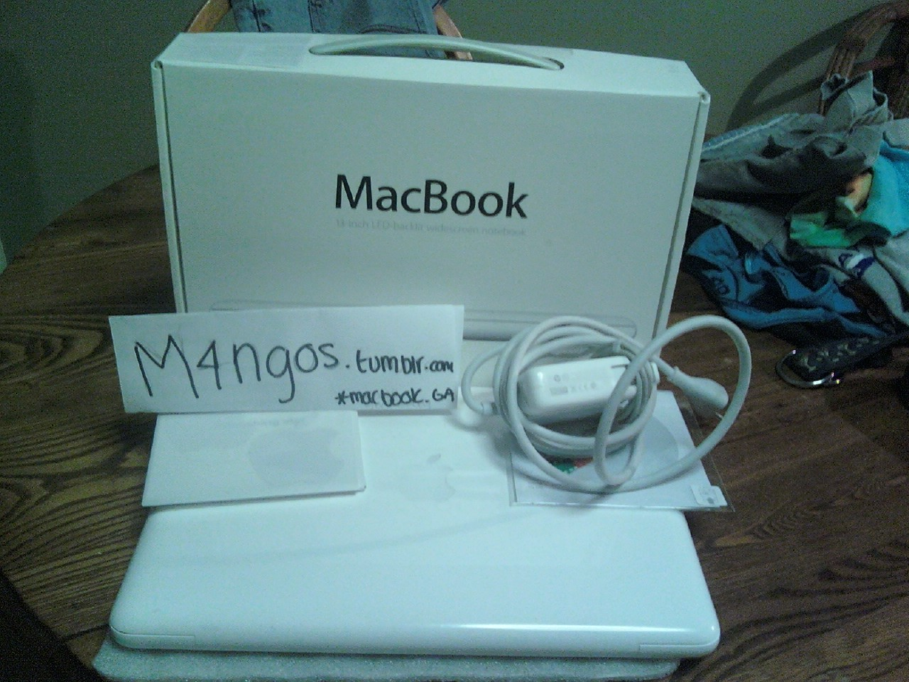 -superlaloland:  m4ngos:   m4ngos:  okay im having a macbook give away. ~it is my uncles, he has used it probably 3 times. ~please reblog this post only. ~reblog only 50 or less times ~you have to be following me. ~do not message me about it, good luck. after the giveaway, you may unfollow all you like. —- give away date will be november 15th —- http://m4ngos.tumblr.com — must be following —- http://m4ngos.tumblr.com — must be following    one day i will won a giving away!