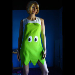 laughingsquid:  Pac-Man Ghost Dress