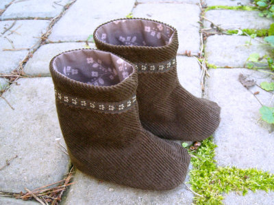 Brown Baby Boots by LittleKatysFactory