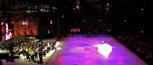 beautiful-shapes:  Opera on Ice Emanuel Sandhu performing with the Arena orchestra and choir.