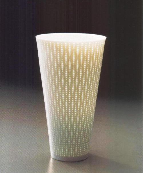"Niisato Akio: Luminous Vessel, 2007, Glazed porcelain, 6 1/2"" x 6 1/2"" x 12"" / Keiko Gallery - Japanese artists"