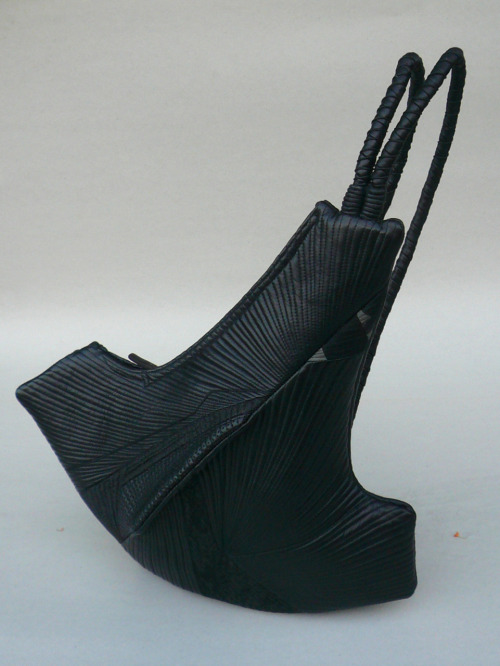 "Takeda Asayo: Sculpturesque Purse, 2009, Cotton, leather, 19"" x 17"" x 3"" / Keiko Gallery - Japanese artists"
