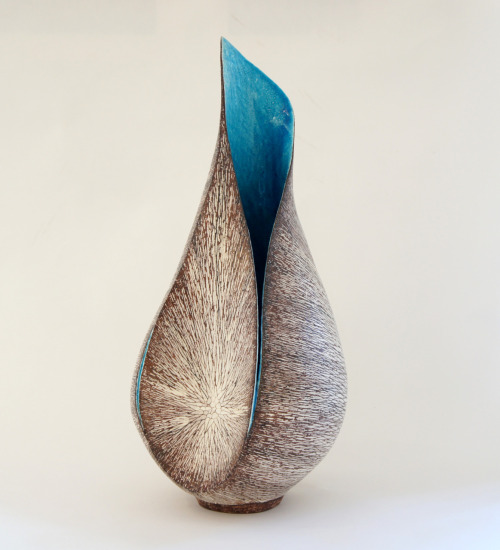 "Tanoue Shinya: KARA 11: Fu-b, 2011, Glazed clay, 9"" x 9 1/2"" x 19"" (h) / Keiko Gallery - Japanese artists"