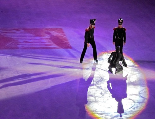 beautiful-shapes:  Opera on Ice Luca Lanotte, Stéphane Lambiel