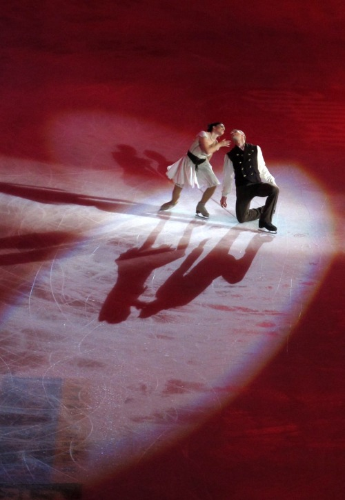 beautiful-shapes:  Opera on Ice Delobel & Schoenfelder 2 p.