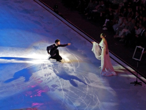 beautiful-shapes:  Opera on Ice Emanuel Sandhu & Carolina Kostner 2 p.