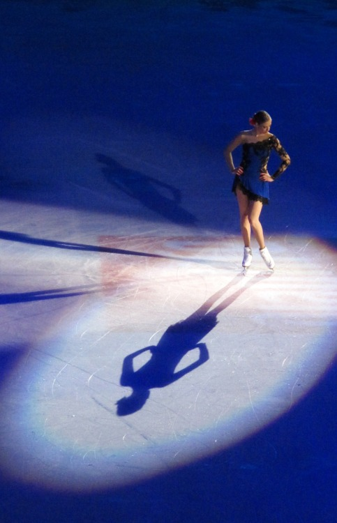 beautiful-shapes:  Opera on Ice Carolina Kostner 2 p.