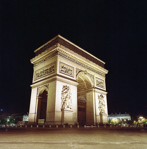 Arc de Triomphe (by Trℹstan ℛ☽♠)