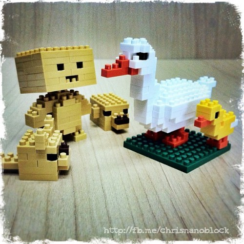 Danbo welcomes the new nanoblock Ducks … http://fb.me/chrisnanoblock …