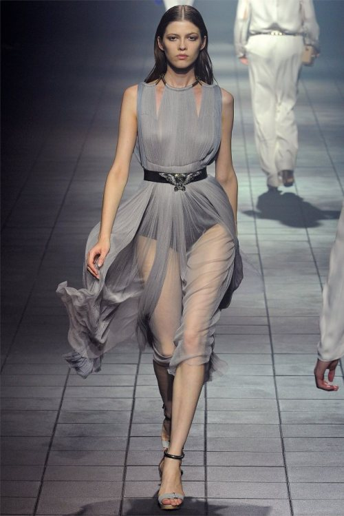 Lanvin, Spring 2012 Ready-to-Wear Yulia Kharlapanova Lanvin Spring 2012 | Paris Fashion Week