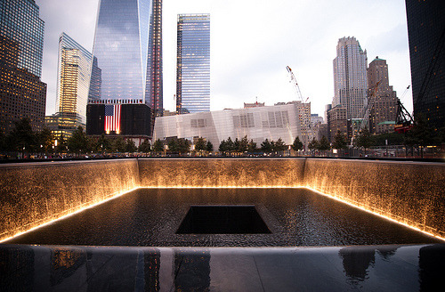 theworldwelivein:  9/11 Memorial (by navid j)