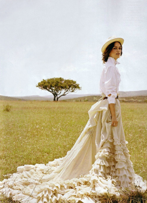 hautekills:  Keira Knightley by Arthur Elgort / Vogue US